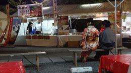 street-food-market-near-kodai-ji_21524060533_o.jpg